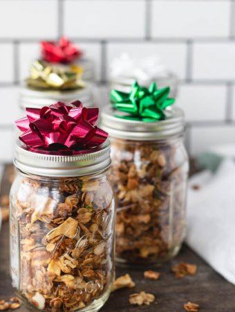healthy granola in mason jar as a gift