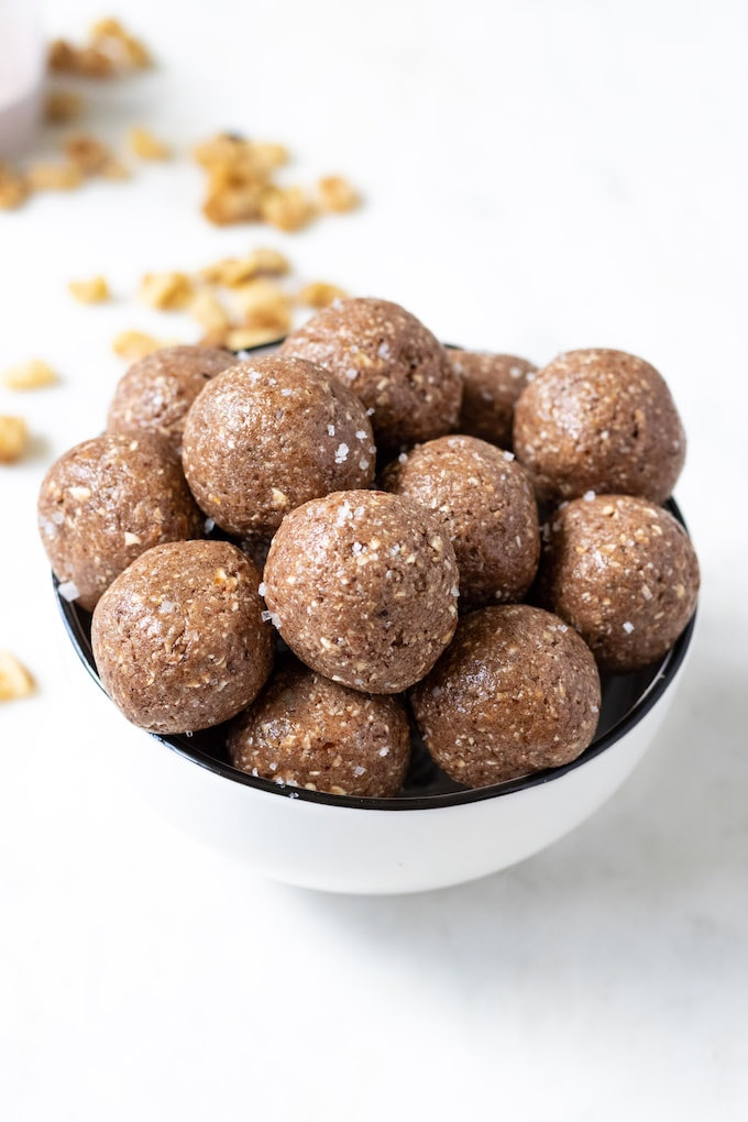A bowl of 5 ingredient protein balls.
