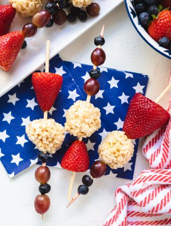 fruit skewers with Rice Krispies treats and fruit on them